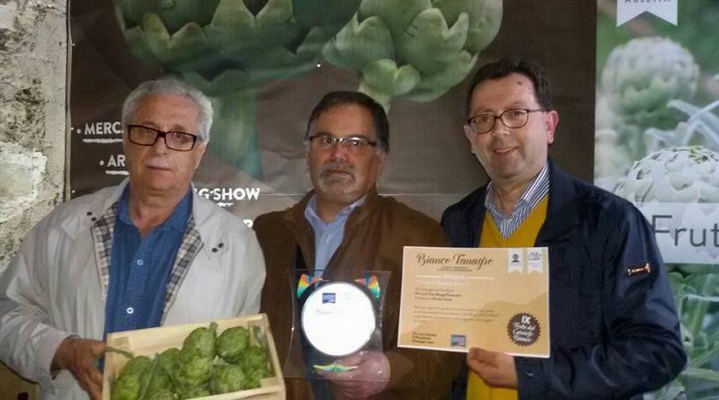 """Premio """"carciofo bianco"""" di Auletta per impegno sociale a favore del territorio alla Pro Loco di San Mango Piemonte…"""