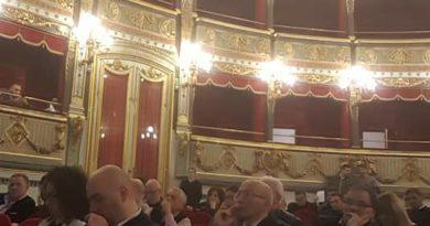 Anche la Pro Loco di San Mango Piemonte presente al teatro Verdi di Salerno all'assemblea dei fondatori di Rete/Destinazione/Sud/Salerno.